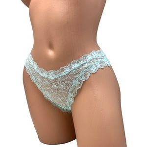 New SMALL Victoria's Secret Brazilian Panty Lace